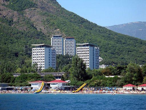 Курорты Крыма, Партенит