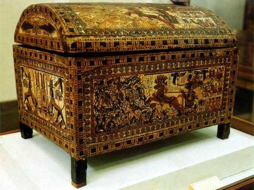 Ларец из гробницы Тутанхамона