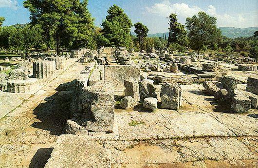 Здесь был Храм Зевса Олимпийского