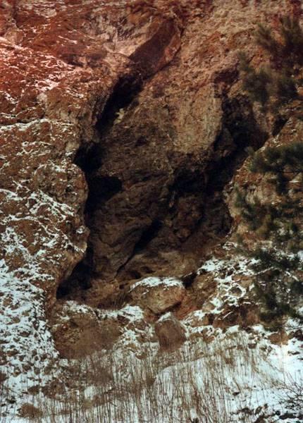 Пещера Еленева