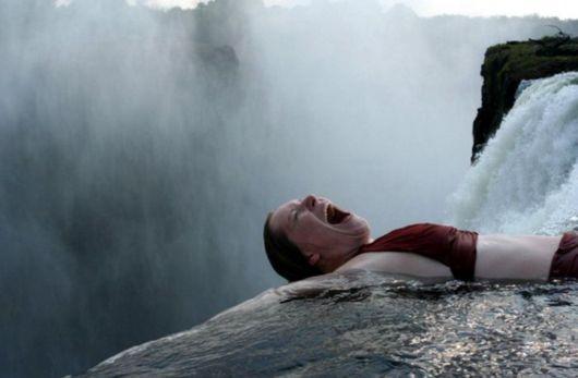 Бассейн Дьявола (Devil's Pool) на водопаде Виктория в Зимбабве