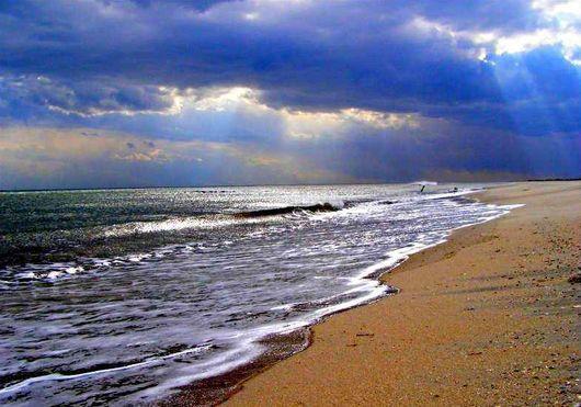 На какое море поехать – Азовское или Черное?