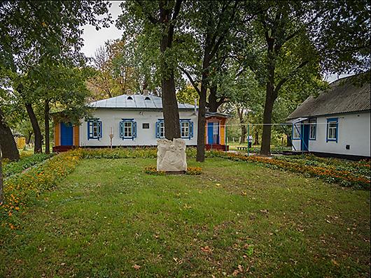 Кролевец - районный центр на реке Реть